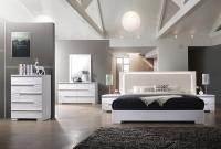 Flexible Construction Luxury Bedroom